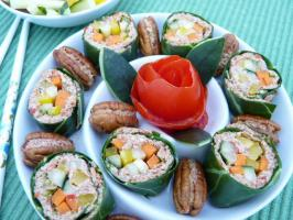 "Spicy Collard Greens Vegetable ""Sushi"""
